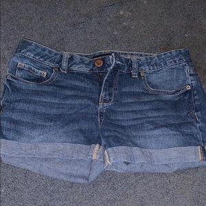 Midi- jean shorts